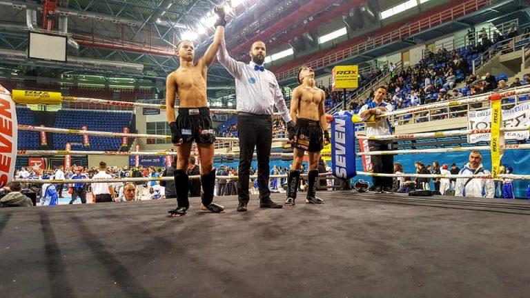 Σάρωσαν τα μετάλλια οι Λιοσώτες στο Πανελλήνιο Πρωτάθλημα Kickboxing!