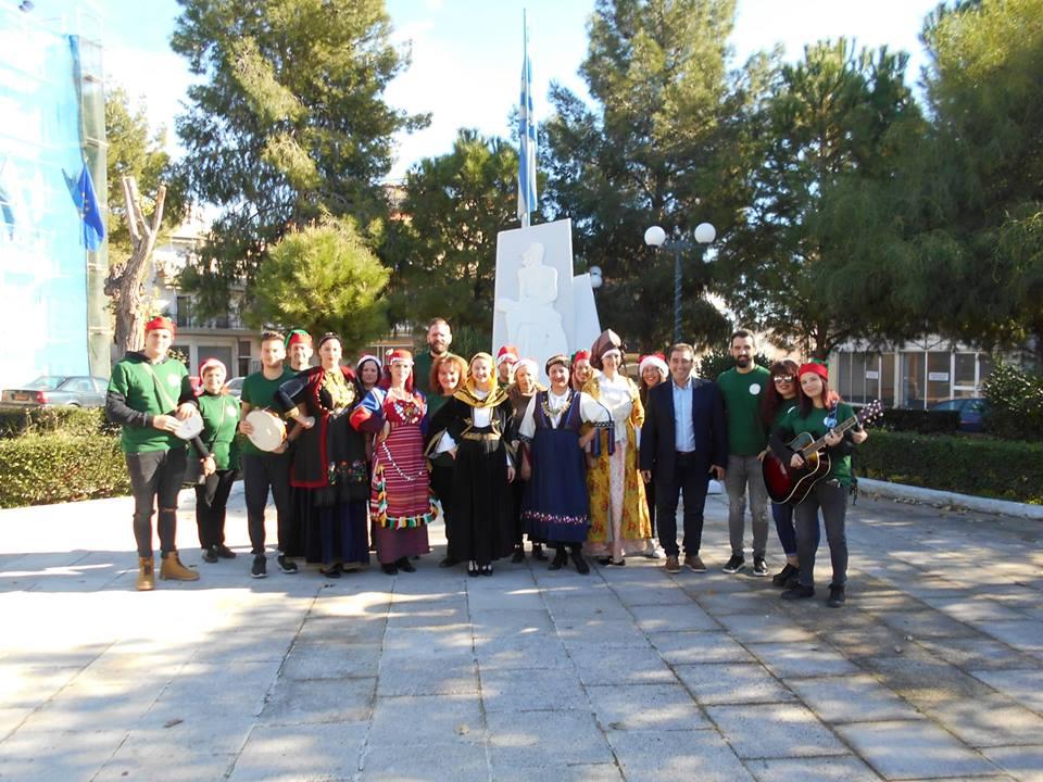 Πρωτοχρονιάτικα κάλαντα και στο Δημαρχείο της Δ.Ε. Ζεφυρίου!