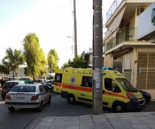 Τροχαίο στο Ζεφύρι με 2 αστυνομικούς της ομάδας ΔΙΑΣ ελαφρά τραυματίες