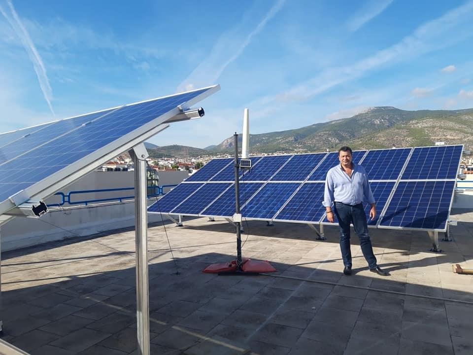 Τοποθετήθηκαν από τον Δήμο Φυλής τα πρώτα φωτοβολταϊκά σε σχολεία και δημοτικά κτίρια!