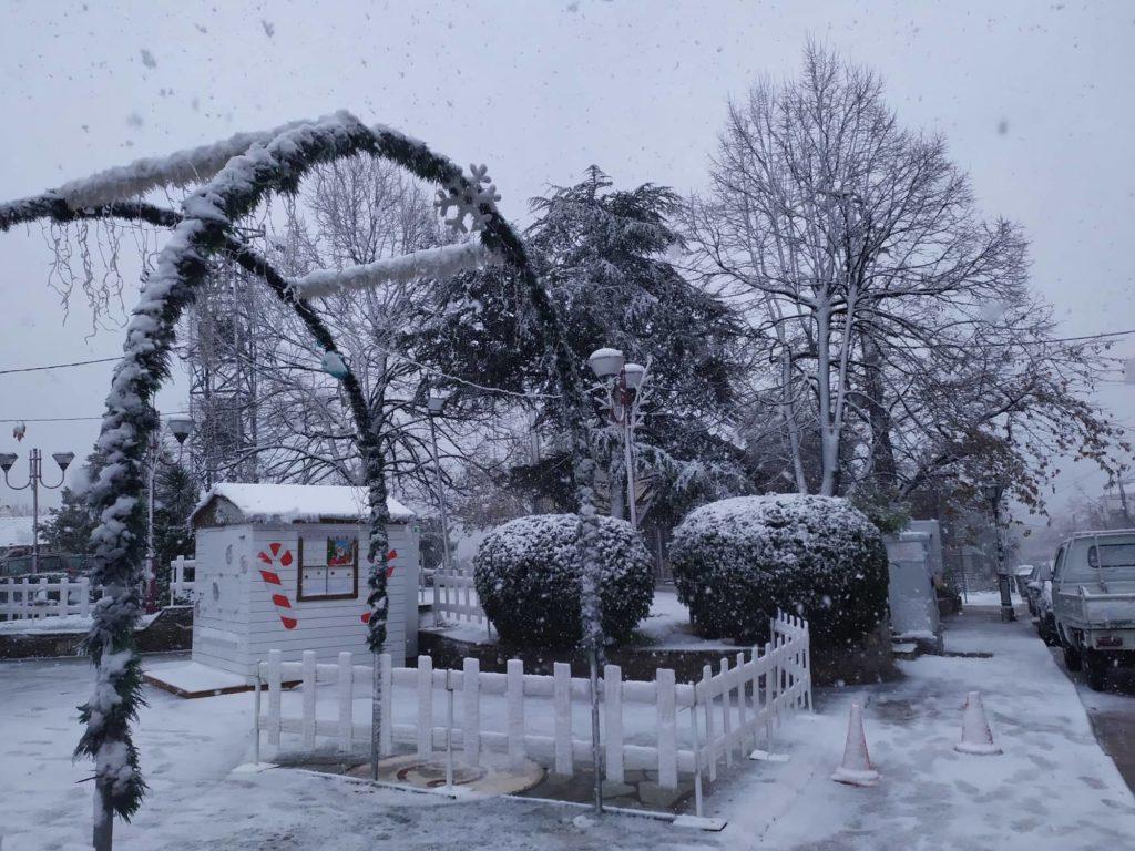 Οι θερμαινόμενες αίθουσες για τις χαμηλές θερμοκρασίες στον Δήμο Φυλής