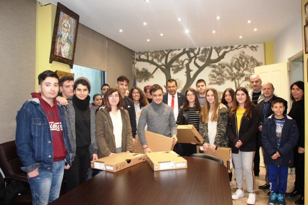 Βραβεύτηκαν από τον Δήμαρχο οι μαθητές που εμπνεύστηκαν από το αρχαίο Φρούριο της Φυλής