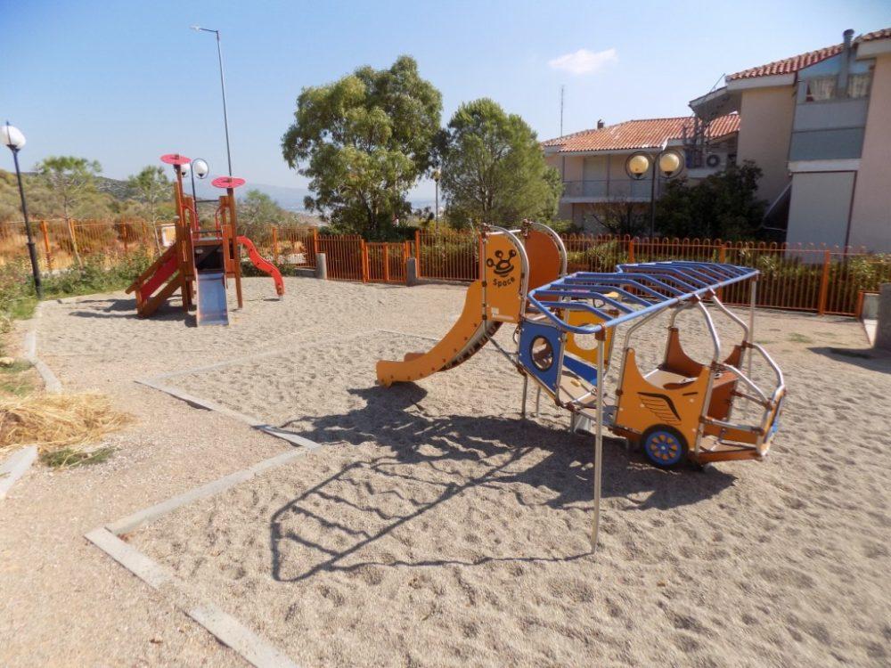 Μία ακόμη παιδική χαρά ανακατασκεύασε ο Δήμος Φυλής στο Πανόραμα!