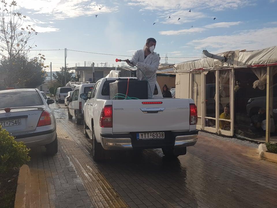 Εκτεταμένες απολυμάνσεις από τον Δήμο Φυλής και την Περιφέρεια Αττικής σε καταυλισμούς ρομά στα Άνω Λιόσια
