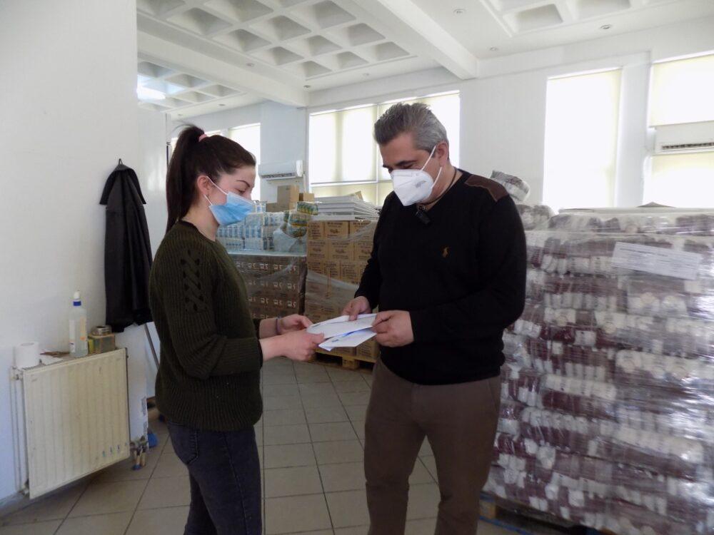 Κοινωνικό Παντοπωλείο: Ολοκληρώνεται επιτυχώς η διανομή τροφίμων σε 757 οικογένειες του Δήμου Φυλής