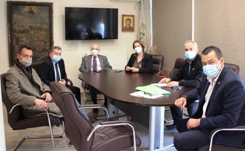Συνάντηση Δημάρχου με επιτελικούς φορείς του Υ.ΠΑΙ.Θ. για αναβάθμιση του 1ου ΕΠΑΛ Άνω Λιοσίων σε πρότυπο