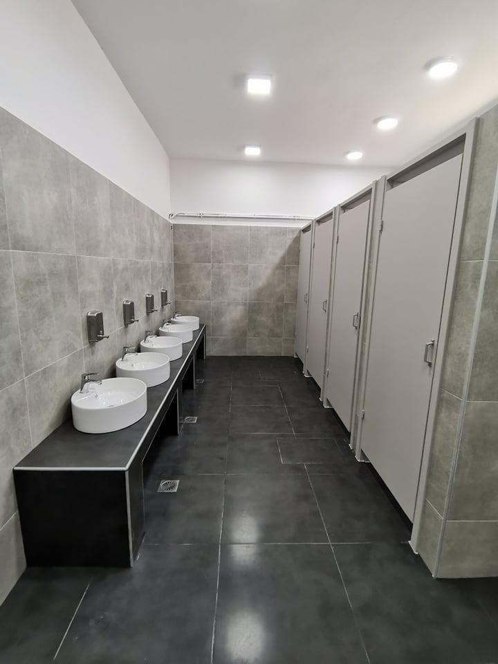 Πλήρης ανακαίνιση WC στο 4ο δημοτικό Άνω Λιοσίων – Ευχαριστίες Συλλόγου Γονέων & Κηδεμόνων